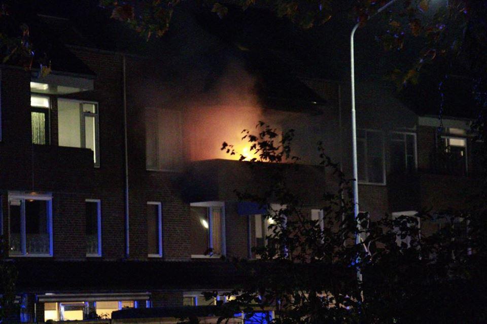 Vuilnisbak in brand op balkon in Westervoort