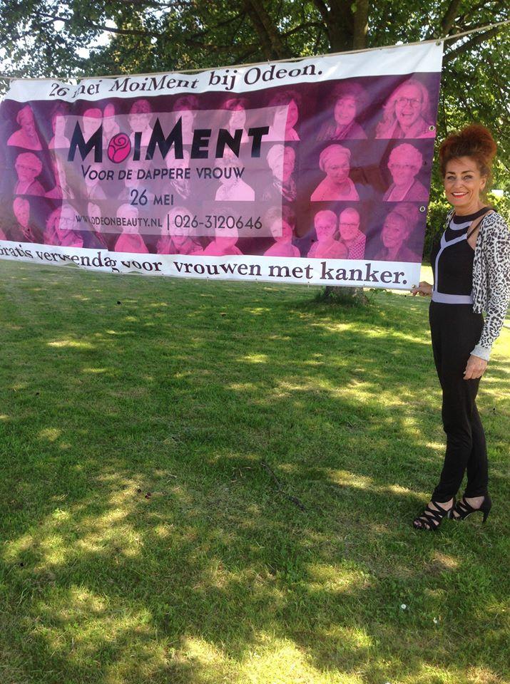 Verwendag voor dappere vrouwen die getroffen zijn door kanker