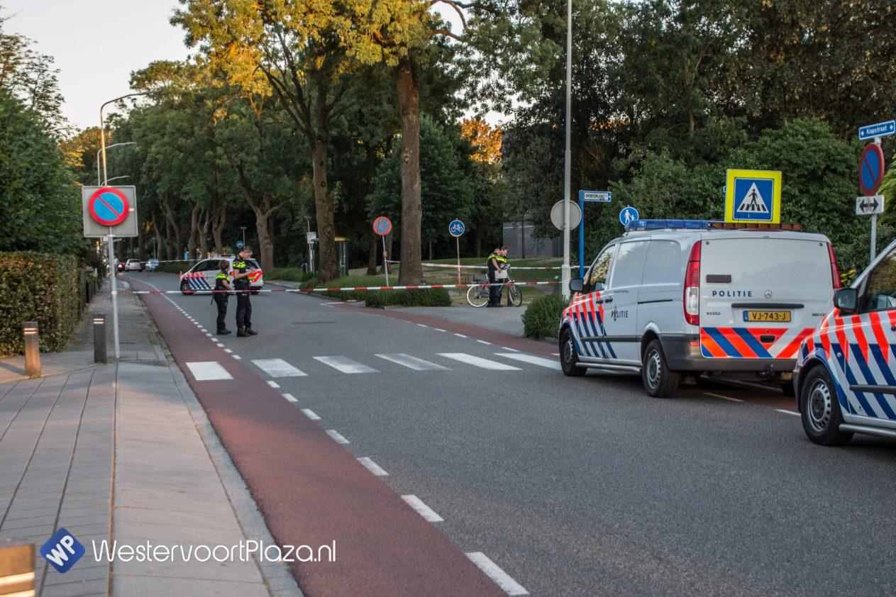 Fietser gewond geraakt bij aanrijding op de Klapstraat