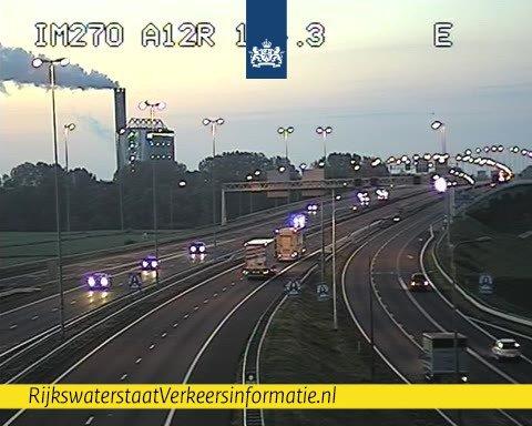 Alle rijstroken IJsselbrug A12 weer open voor verkeer.