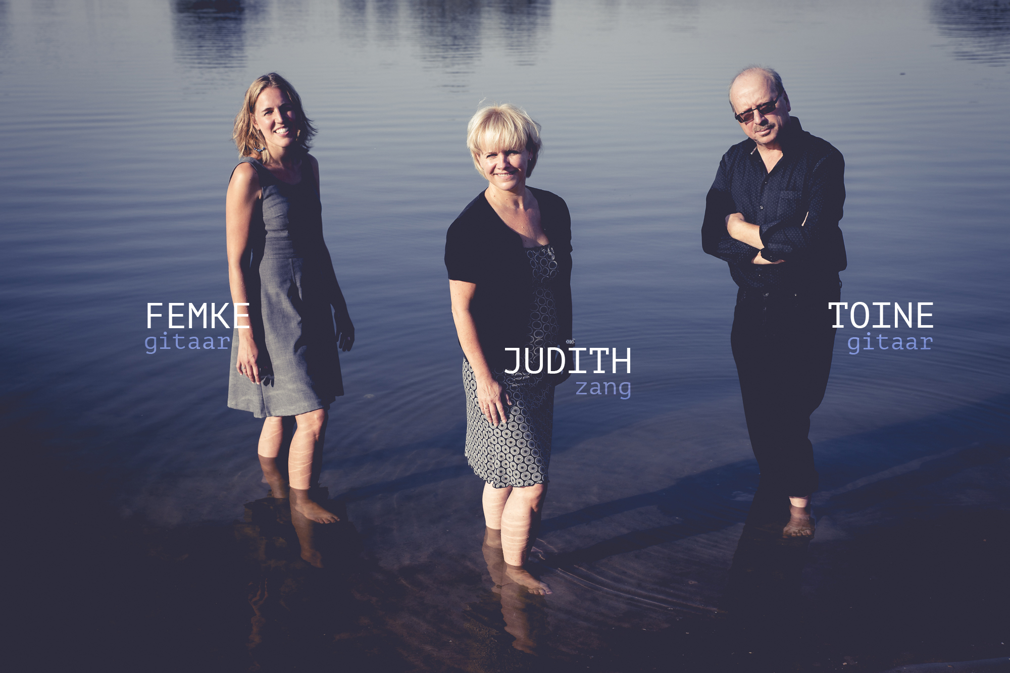 "Judith&Toine&Femke ""Facing the water"""
