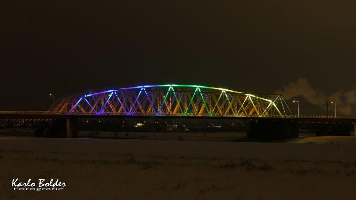 Westervoortse brug in Gelderse kleuren voor Clemens Cornielje