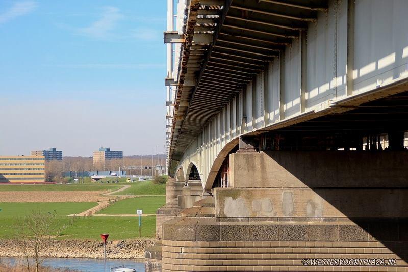 Maximaal 90 km/u om bruggen minder zwaar te belasten