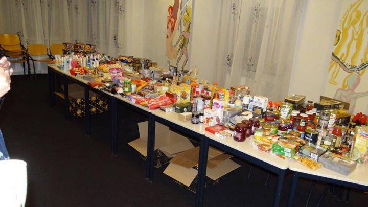 Inzamelactie van ongebruikte spullen uit het kerstpakket voor mensen die het financieel niet makkelijk hebben