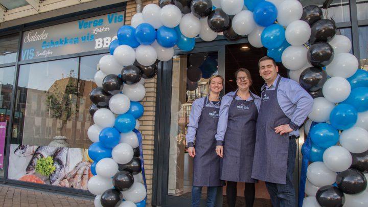 Visch van Jos feestelijk geopend op winkelcentrum de Wyborgh