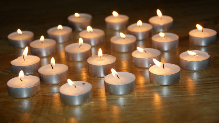 Lichtjesavond op 2 november 2020 in de Werenfriedkerk in Westervoort.